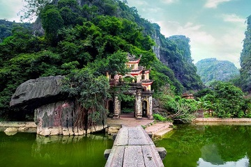 VIETNAM VISA RUN TO MOCBAI - HOW MUCH DOES IT COST FOR MOC BAI STAMPING FEE