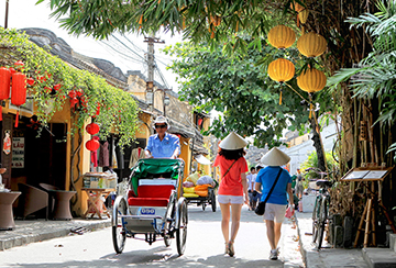 VIETNAM RENEWS VISA WAIVER FOR EUROPEANS